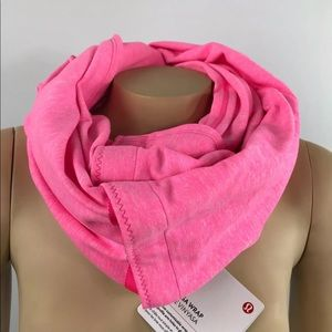 Lululemon vinyasa wrap scarf hot pink NWT